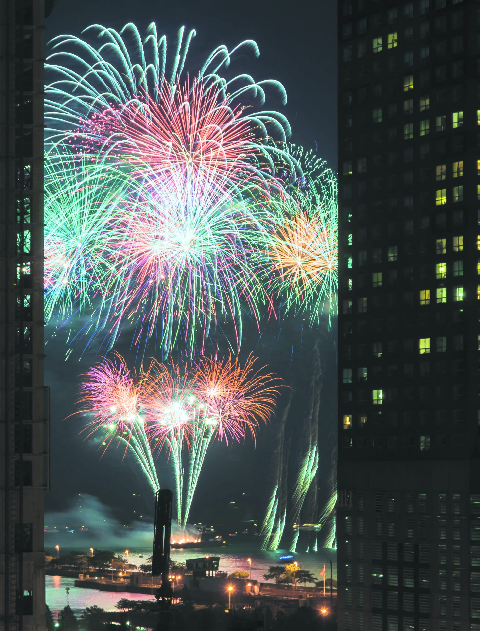 Navy Pier fireworks will be dy-no-mite! They begin on Tuesday 7/4 at 9:30 PM.