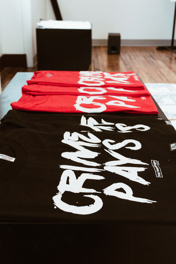 """Trap House Chicago's <span style=""""font-variant: small-caps;"""">crime pays</span> T-shirts"""