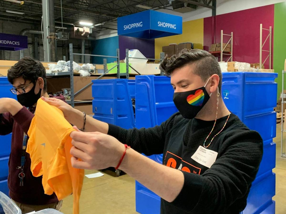Gay For Good Chicago's most recently brought volunteers to Cradles to Crayons, an organization that works to provide children in poverty with essential items.