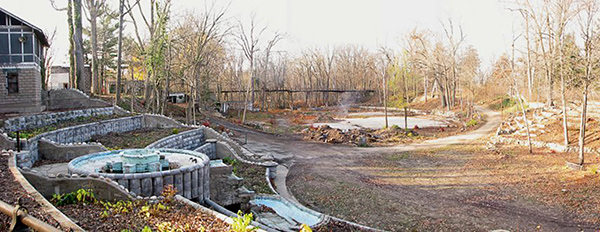 Eden Springs today: the fountain is functional, the train trestle in the distance is not.