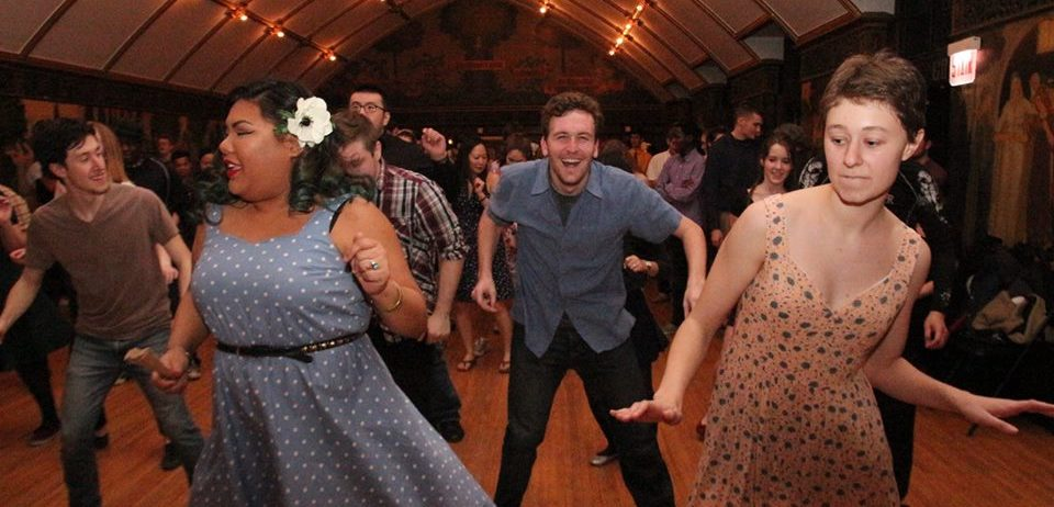 Shake your body to barnyard dance, honky tonk, and boogie-woogie blues at the Sing and Stomp Saturday 9/2.