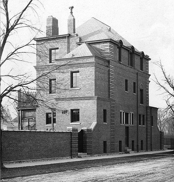 Lillie House