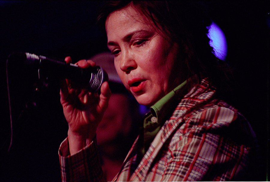 Mary Margaret O'Hara performs at All Tomorrow's Parties in Minehead in 2007.