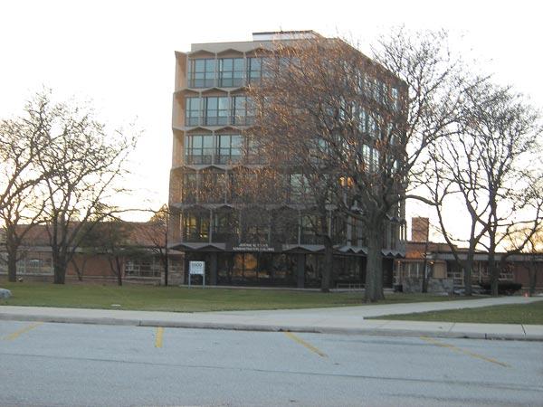 Northeastern Illinois University campus