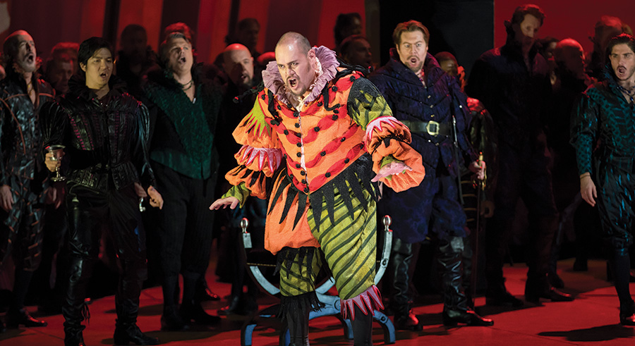 Quinn Kelsey in Lyric Opera's <i>Rigoletto</i
