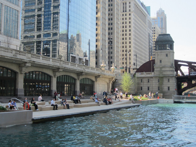 'The Cove' section of the Chicago Riverwalk extension.