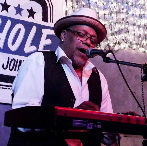 Ronnie Hicks