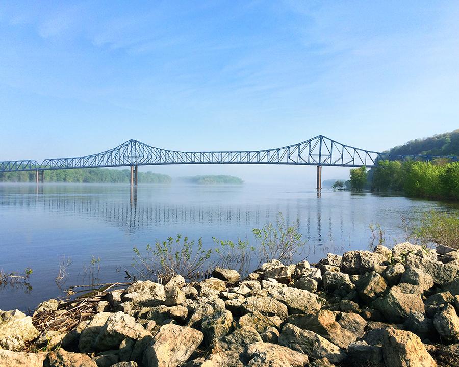 Savanna Sabula Bridge (now demolished) on the Mississippi River