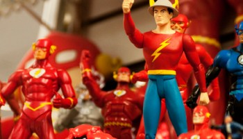 These action figures ran to Paris and back in the time it took you to scan this photo