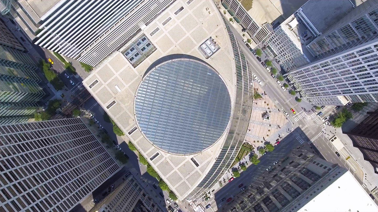 Nathan Eddy's short documentary <i>Starship Chicago</i>, about architect the uncertain future of Helmut Jahn's James R. Thompson Center, screens at 4 PM during MAS Context: Analog 2017.