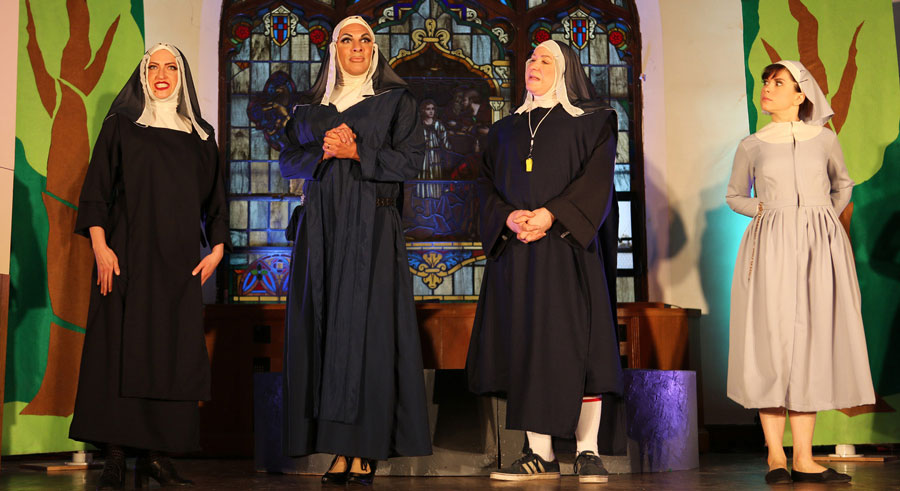 Hell in a Handbag Productions' <i>The Divine Sister</i>