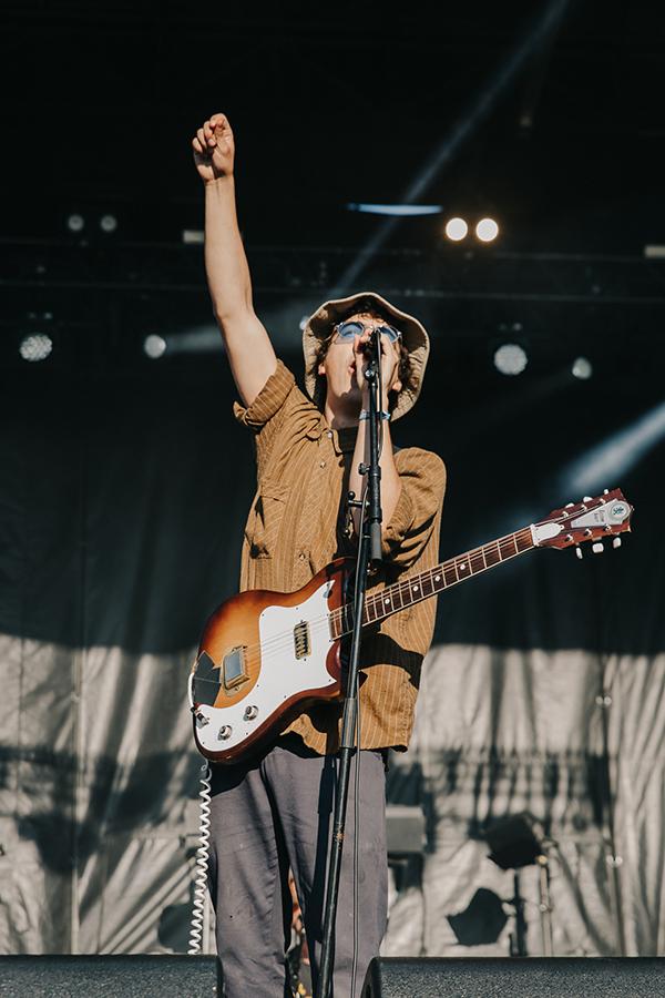 Twin Peaks singer-guitarist Clay Frankel