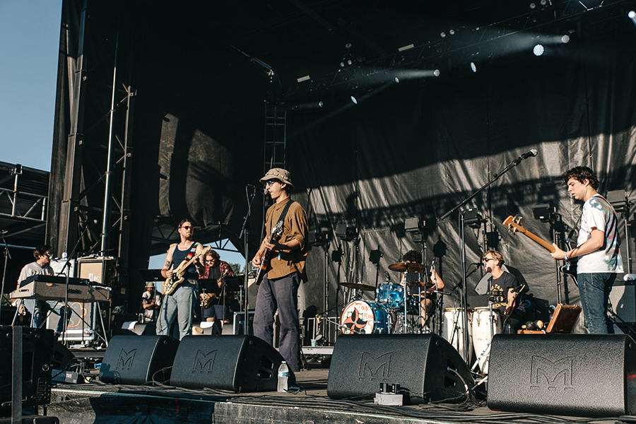 Twin Peaks brought a three-piece horn section and an extra percussionist for their Riot Fest set.