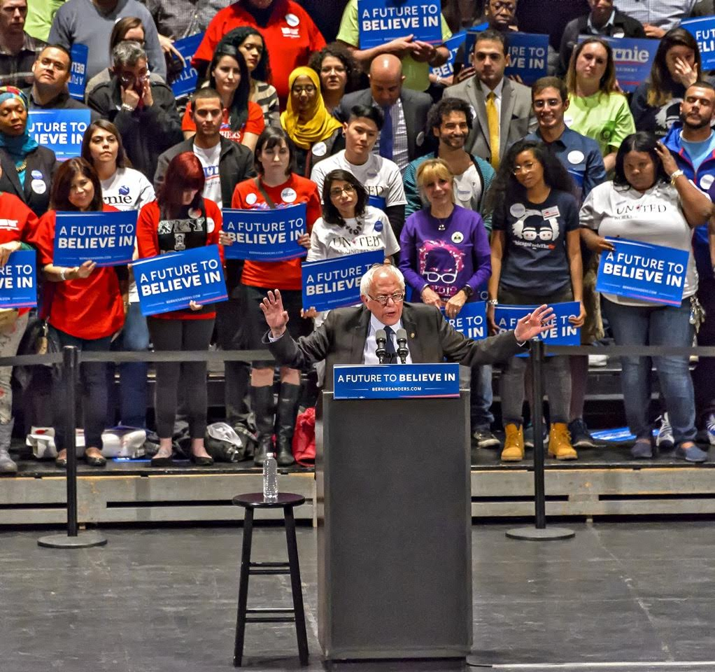 Nearly 4,000 Chicagoans waited until past 11 PM to see Bernie Sanders deliver a stump speech punctuated with jabs at Rahm Emanuel.