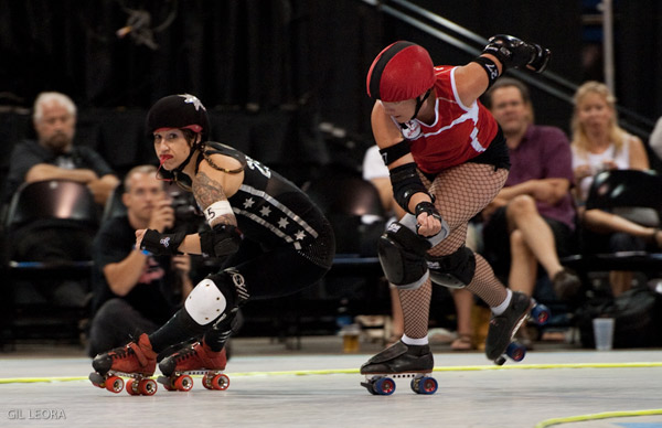 Varla Vendetta (left) in the bout against the Rocky Mountain Rollergirls' 5280 Fight Club