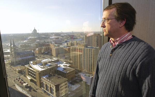 Kevin Von Feldt in Saint Paul, 2002