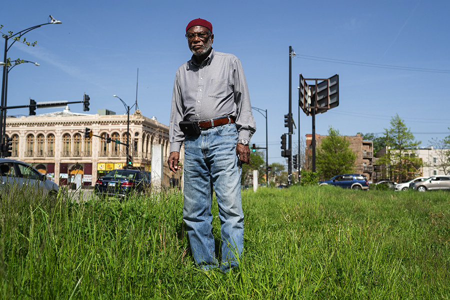 Longtime Woodlawn resident and jazz enthusiast Abdul Karim stands on the grounds where the Pershing Hotel and Budland night club used to be on Cottage Grove Avenue and 64th Street. Karim recalls the days in the 1960s when he would soak in the sounds of local and out of town jazz players in numerous clubs along Cottage Grove.