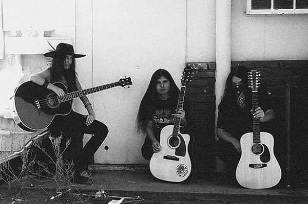 Xasthur plays at the Beat Kitchen on Thu 6/1.