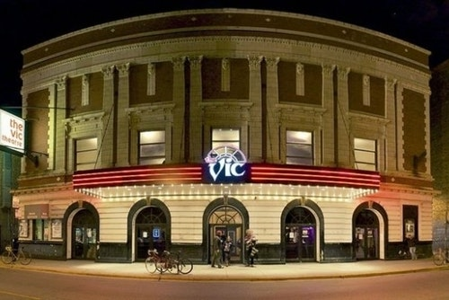 vic theater in lakeview, chicago