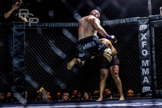 Brian Peterson flying knee at XFO 60
