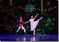 Alberto Velazquez and Amanda Assucena as The Nutcracker and Marie at Joffrey Ballet