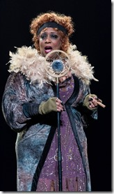 E. Faye Butler stars as Matron Mama Morton in Chicago, Drury Lane Theatre