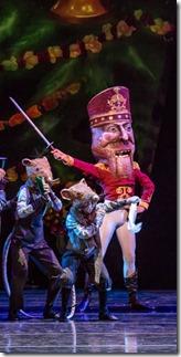 The Joffrey Ballet of Chicago presents The Nutcracker at Auditorium Theatre 2017 4