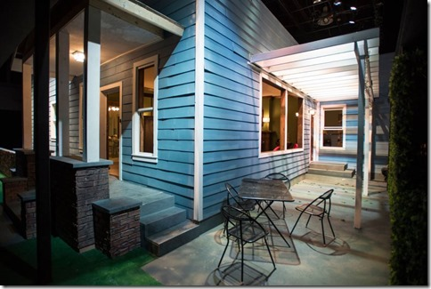 Southern Gothic exterior set at Windy City Playhouse