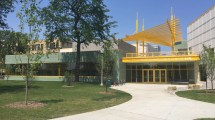 Bronzeville Community Center Offers Much-needed
