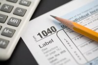 Tax Tips for the New Year | Chicago Tonight | WTTW