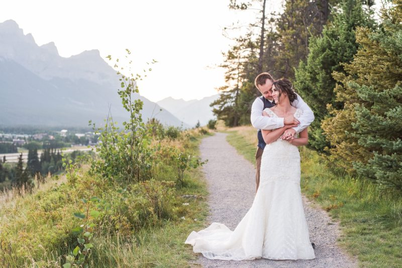 Creekside Villa Canmore Wedding Photographer sunset Wedding Photos