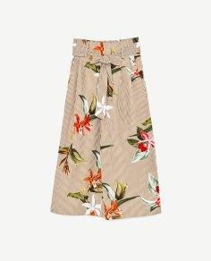 https://www.zara.com/ch/fr/femme/pantalons/tout-voir/jupe-culotte-en-popeline-%C3%A0-rayures-et-fleurs-c719022p4525040.html