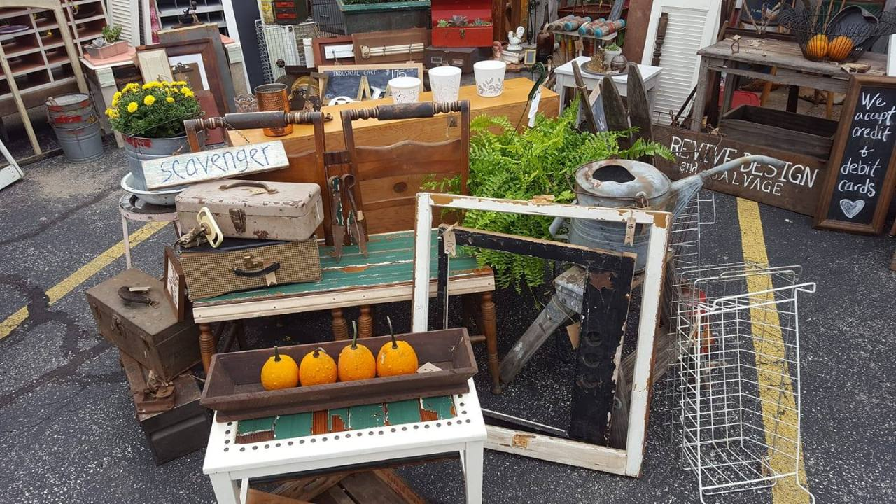 2019 Shelby Twp Fall Vintage and Antique Market