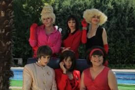 Juan Logar (Letal), Isabel H.Dimas (Rossy de Palma), Roma Calderón (Marisa Paredes), Antonio Barroso (Victoria Abril), María Salama (Carmen Maura) y Jose Cobrana (Loles León)