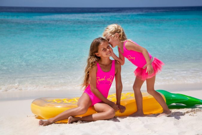 Shade Critters Kids Beachwear Photo Chicas Productions Curacao 01