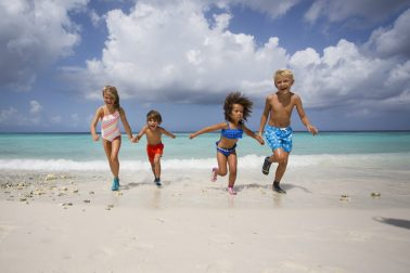 Kids casting by Chicas Curacao for Duukies Beachsocks