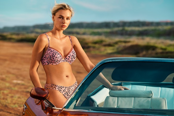hunkemoller preswim beachwear swimwear chicas productions curacao 13 car models dessert