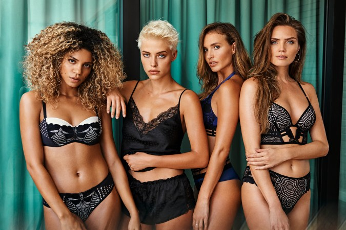 hunkemoller influencer lingerie swimwear chicas productions curacao 04