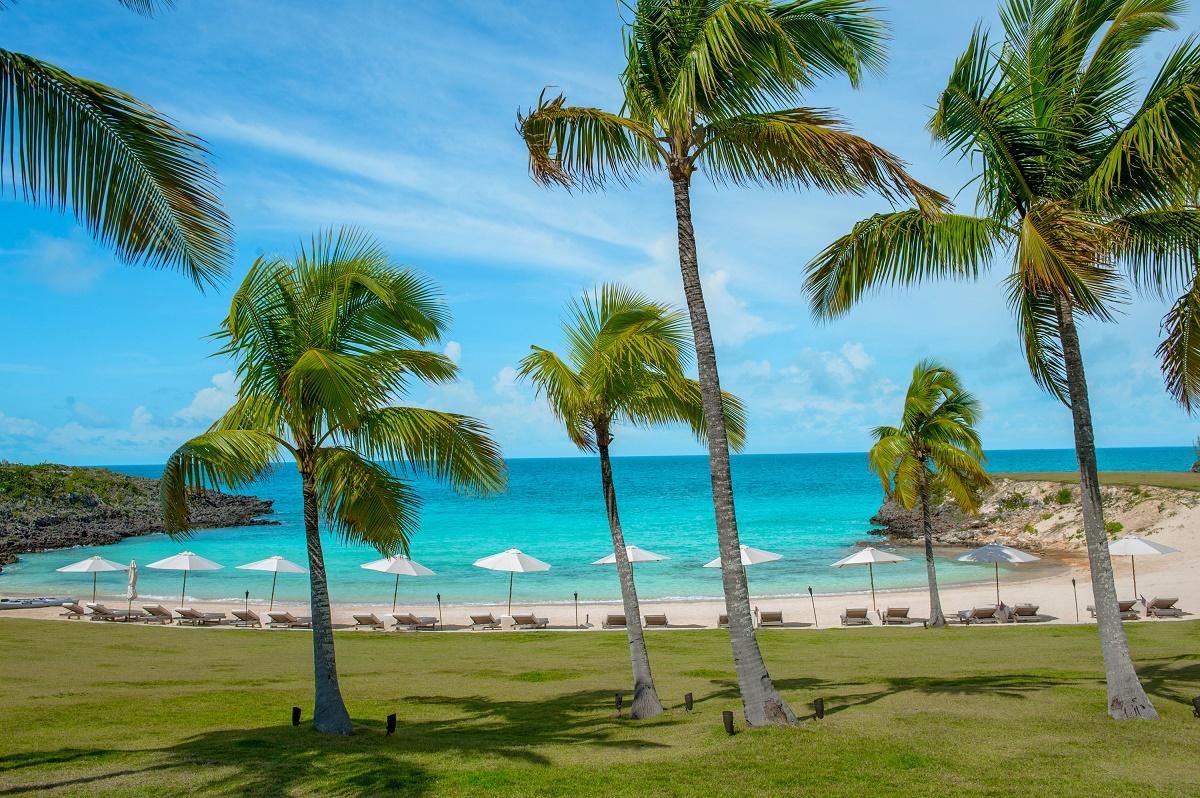5 Gorgeous Bahamas Beach Wedding Setups  Chic Bahamas Weddings