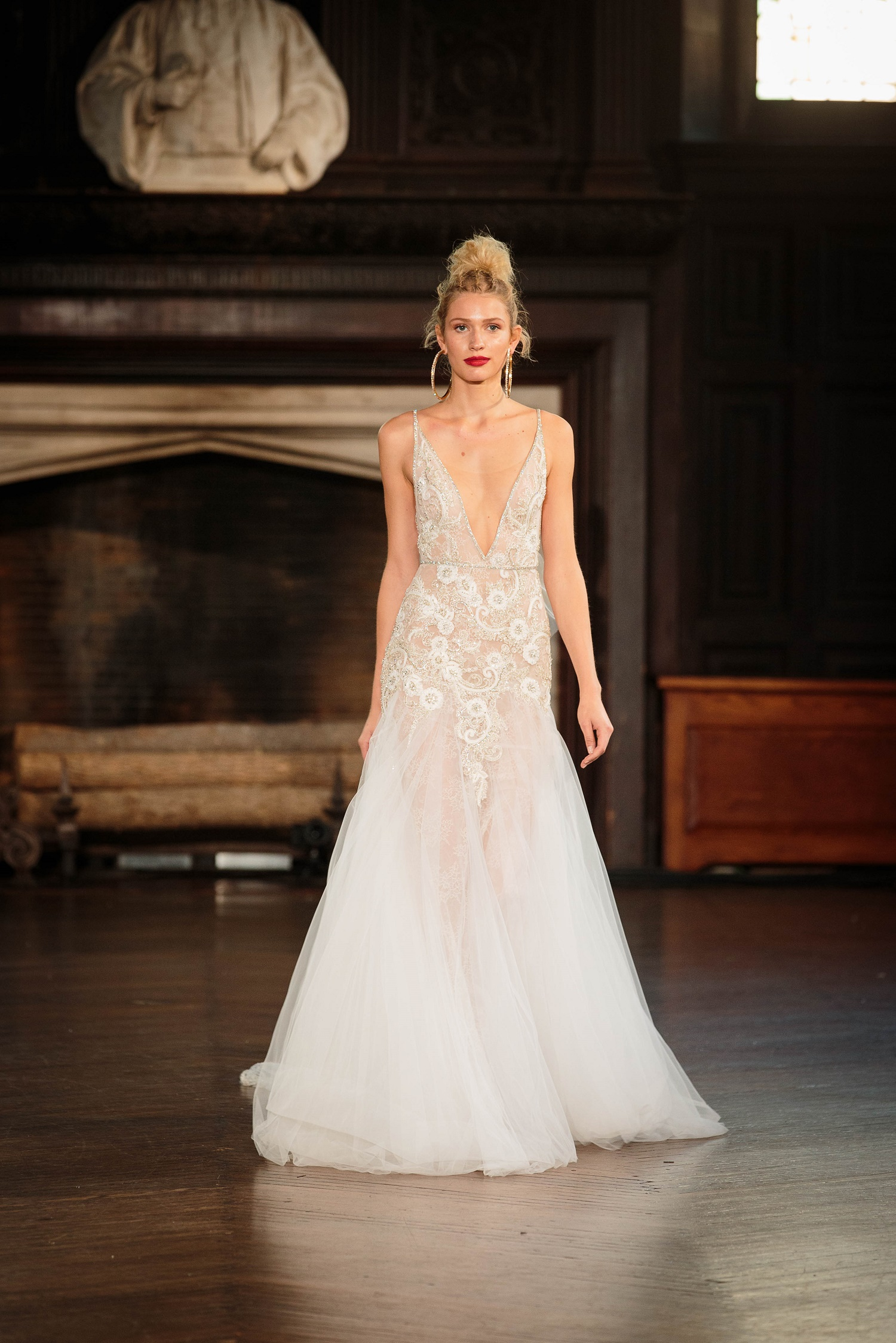 Best Wedding Gowns for a Bahamas Wedding