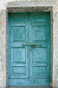DIY tips for making new doors look like old french doors