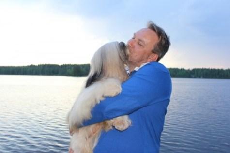 Hope & Juha kiss