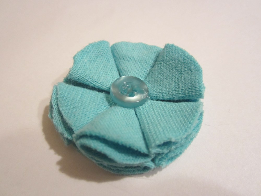 DIY Fabric Flowers (5/6)