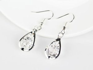 Retro Drop Earring