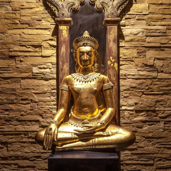 Thai Sq Spa Buddha