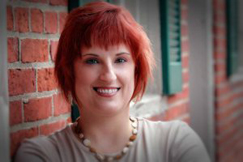 Nicole Evelina headshot horizontal