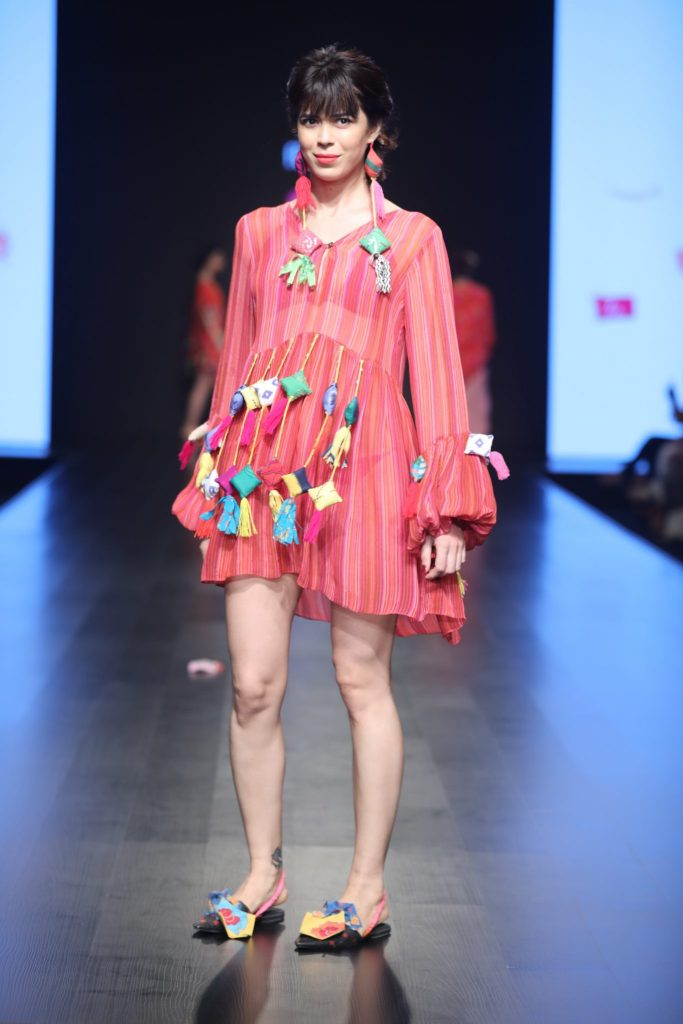 Anupama Dayal presents autum winter collection at FDCI AIFW AW 2018 (12)