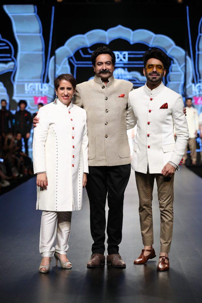 Guneet Monga and Aparshakti Khurana with Rohit Kamra @ FDCI LMIFW AW 19 (8)