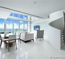 Breathtaking front Bay View in the most desirable building on Brickell / JADE BRICKELL.