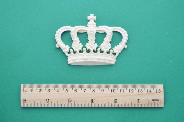 Small Crown Resin Moulding